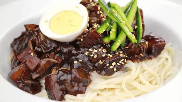 韩国人最离不开的九种食物,看完后我发现这些菜我都知道啊!