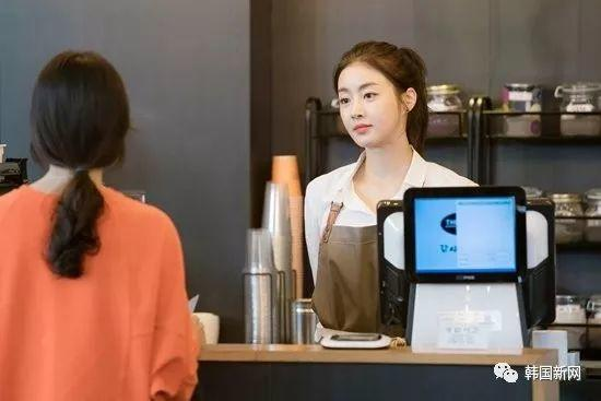韩国上调最低时薪 便利店招外国留学生缓解压力