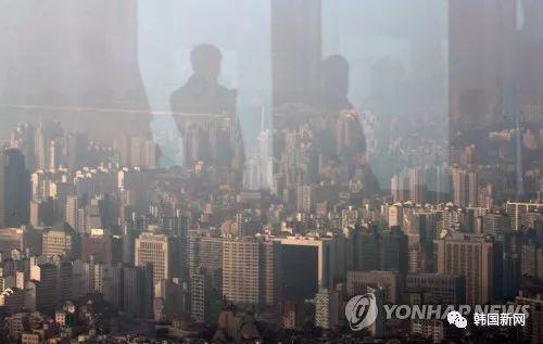 首尔雾霾严重 今日上下班时段公交地铁不收费