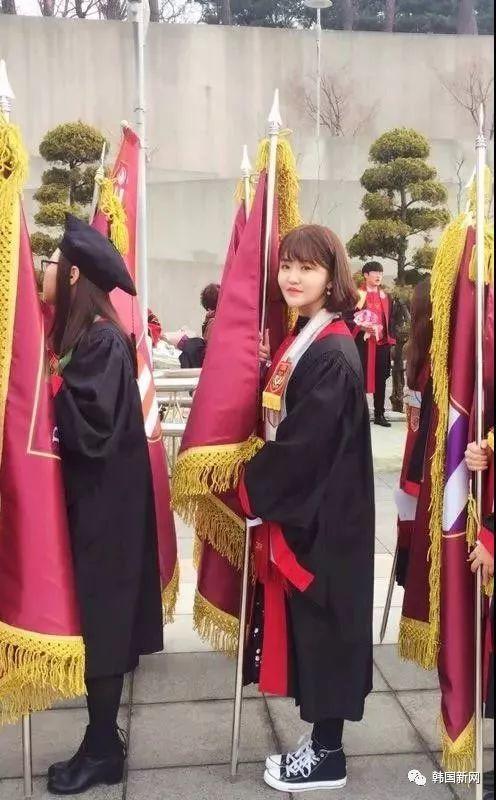 创历史:中国人以第一名的成绩从高丽大学毕业