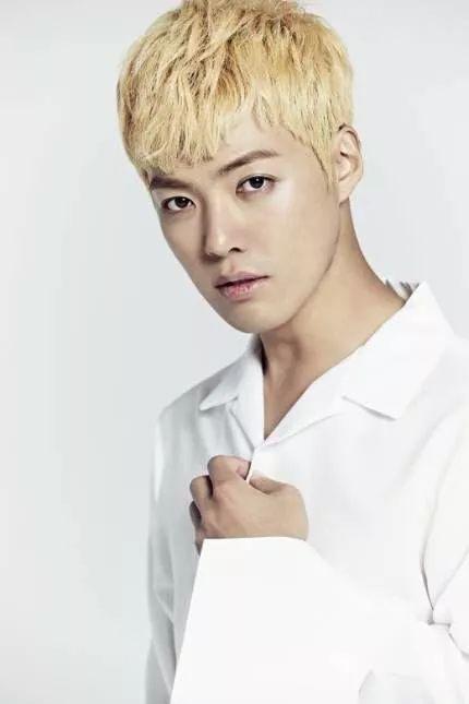 放弃日籍!歌手康男申请加入韩国国籍