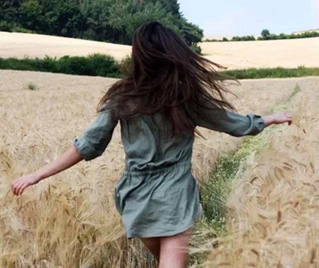 为什么有的女人会越来越漂亮,尤其是人到中年?